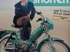 motorbeurs-barneveld-ik-val-op-snorren-snorfietsreclame