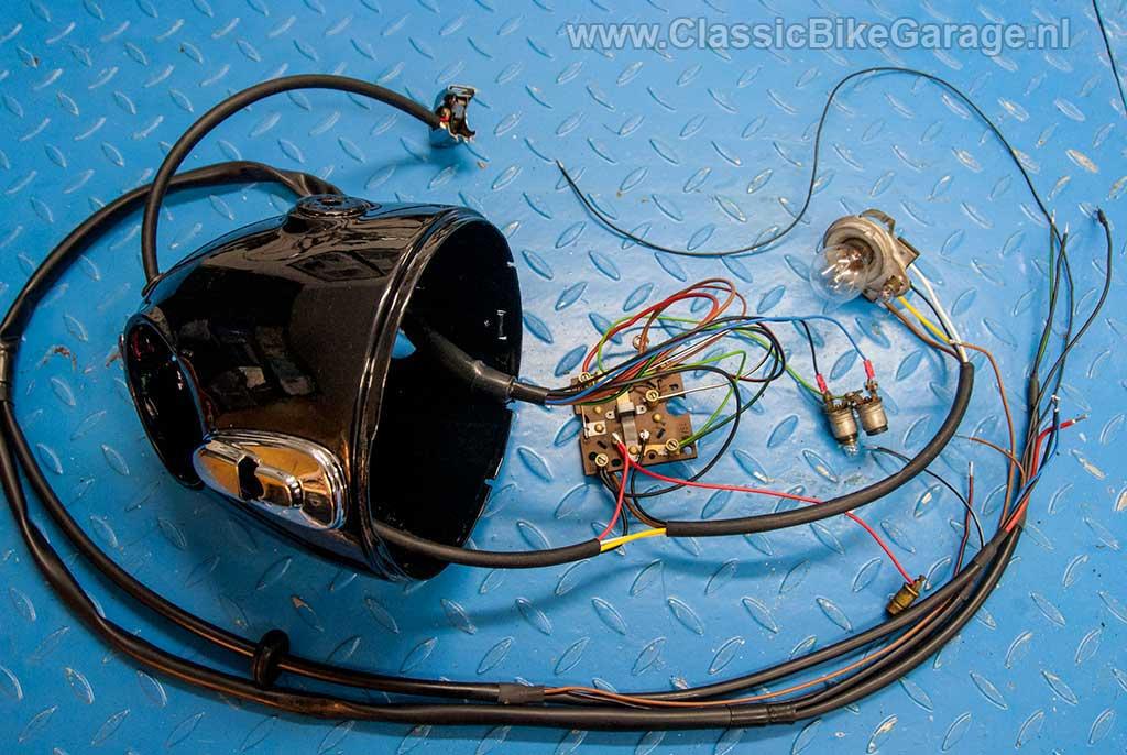 12-BMW-R51-3-Koplamp-met-nieuwe-draadboom