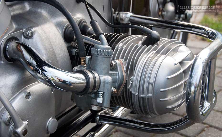 BMW-R67-3-motorblok-rechts
