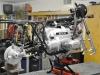 15 - Het motorblok van de BMW R80/7 zit weer in het frame