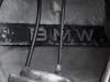 4 - De BMW aanduiding op het motorblok is vergaan