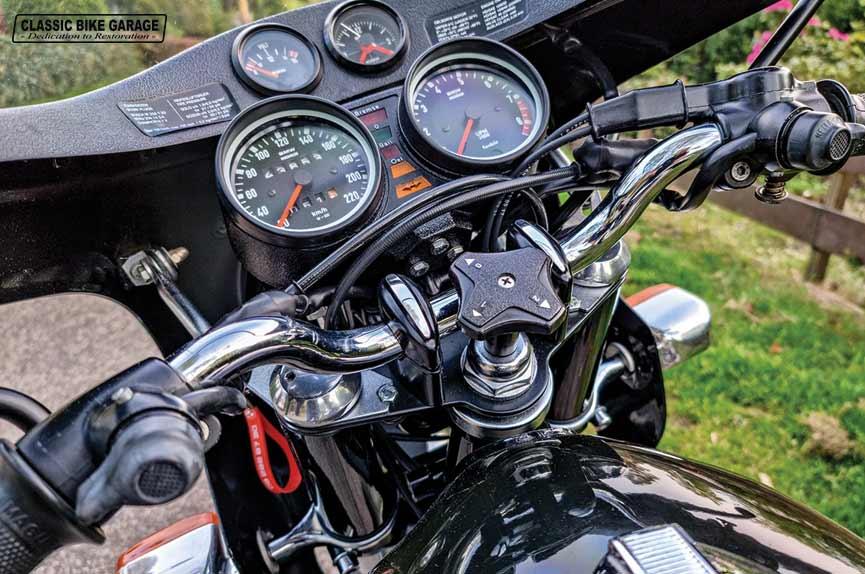 BMW-R90s-rauchsilber-cockpit