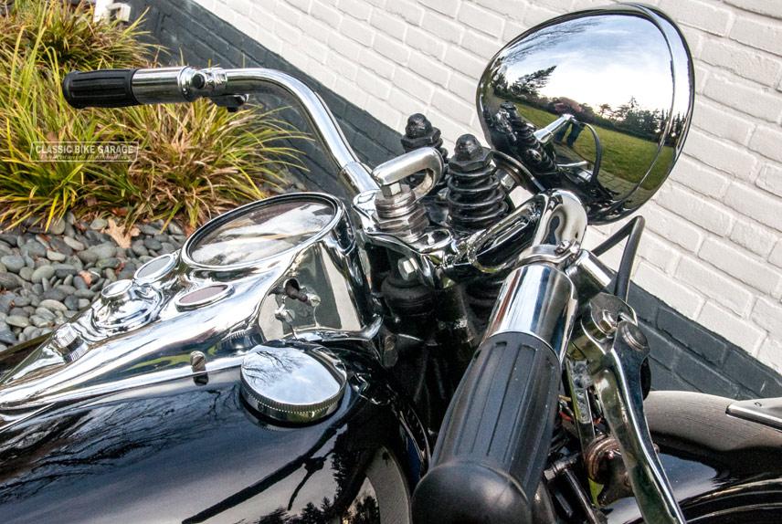 Harley-Davidson-WLA-kilometerteller-koplamp