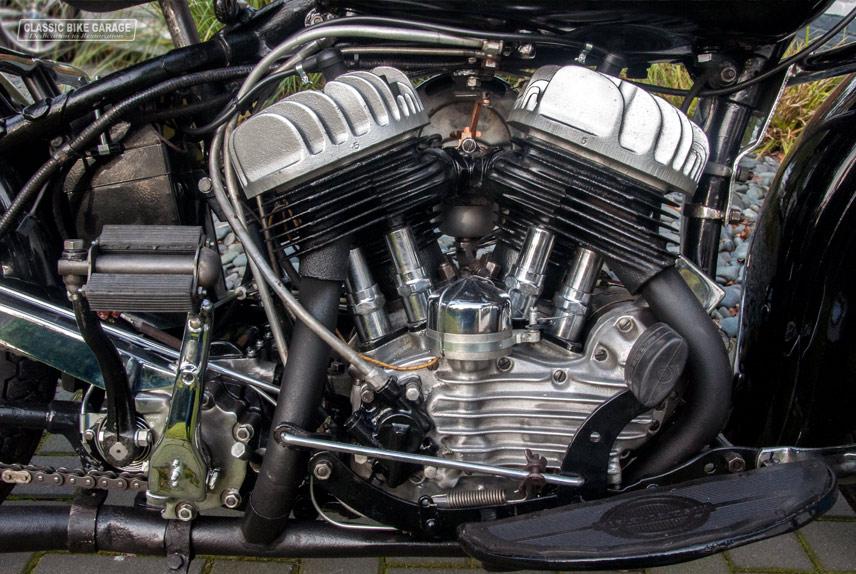 Harley-Davidson-WLA-motorblok-rechts