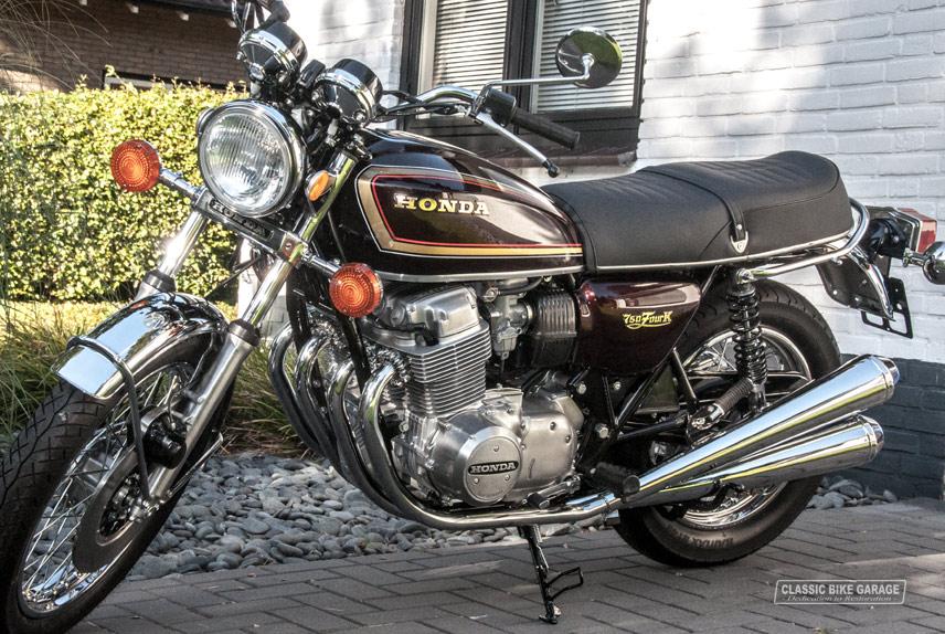 Honda-CB750K7-links-voor