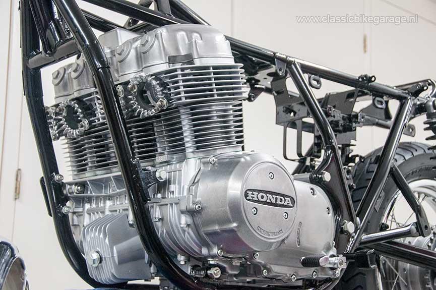 Honda-CB750K7-blok-in-frame-S