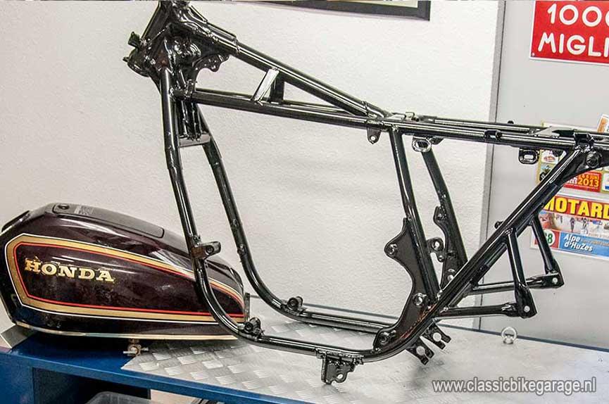 Honda-CB750K7-onderdelen5