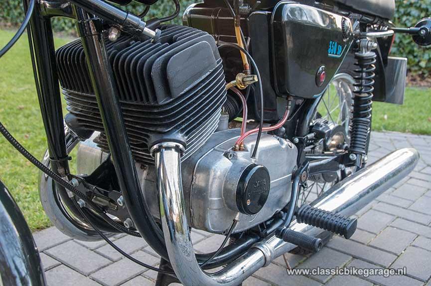 Jawa-Oilmaster-634---motorblok-links