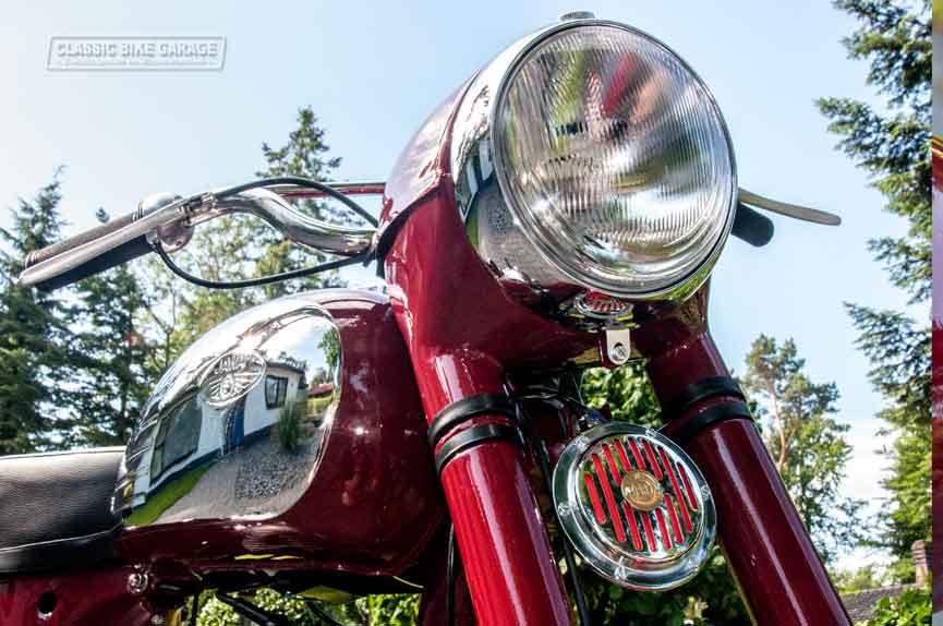 Jawa-350-koplamp