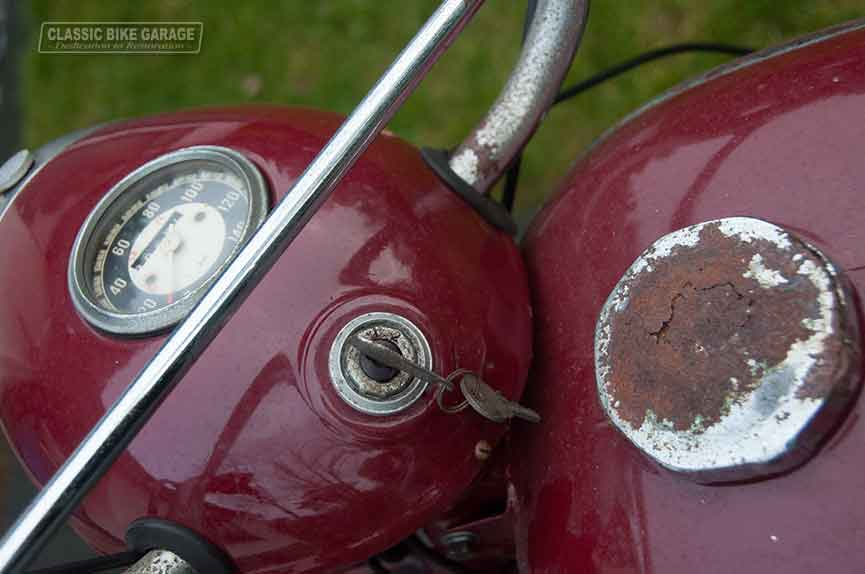 Jawa-350-kilometerteller-oud