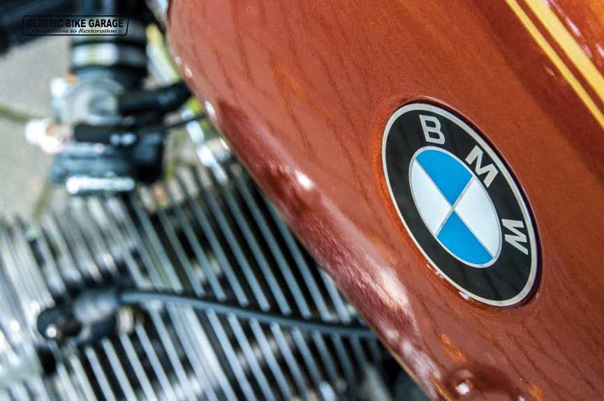 BMW-R60-7-BMW-logo