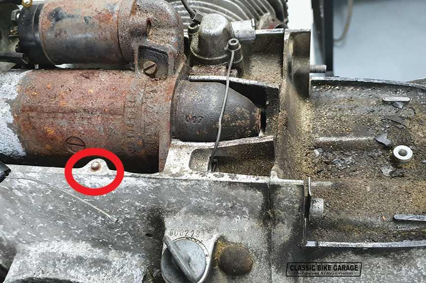 BMW-R60-7-afgebroken-bouten