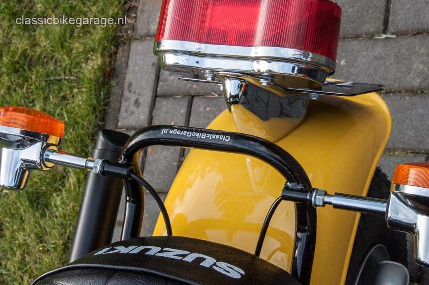 Suzuki-RV90-achterlicht-na