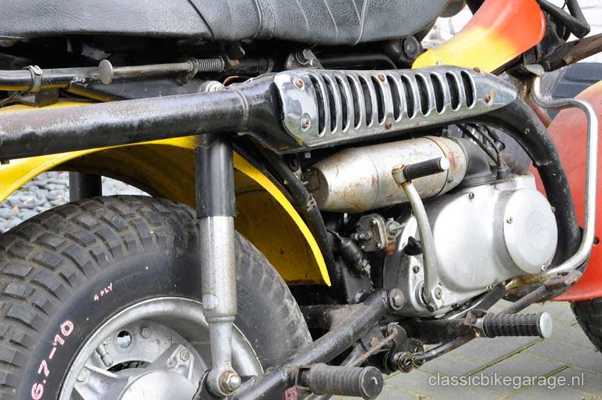 Suzuki-RV90-rechterzijkant-voor