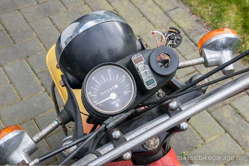 Suzuki-RV90-teller-voor