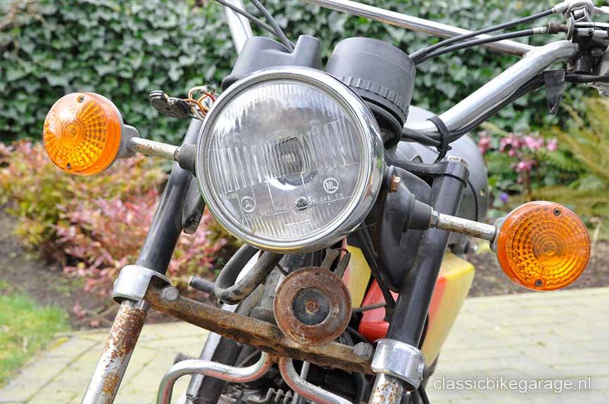 Suzuki-RV90-voorkant-voor