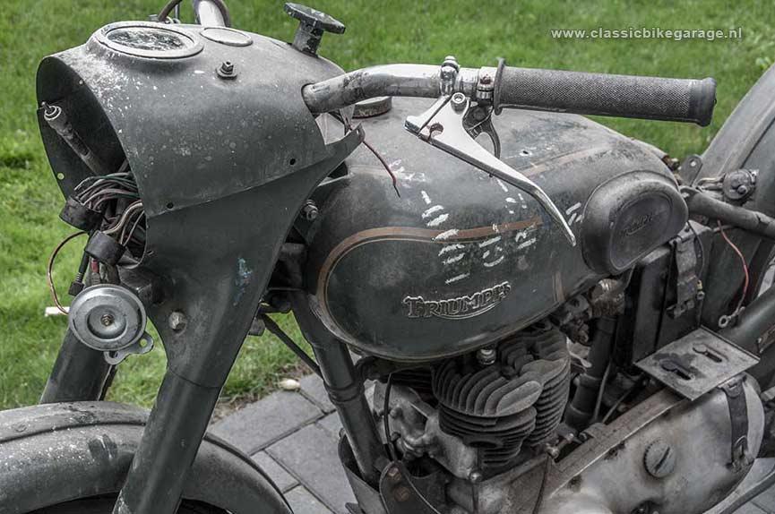 S7-Triumph-TRW500-Rechterzijkant-